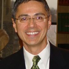 Carlos Elizondo